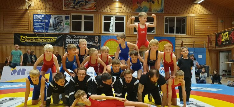 Leuchtende Augen und klopfende Herzen in der KSV Halle bei vereinsinternen Schülerkämpfen!!